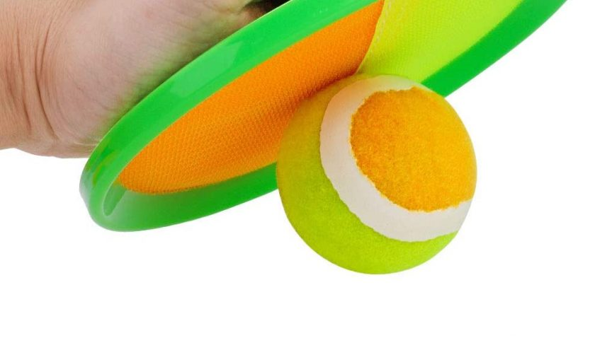 30% Discount for Qrooper Toss and Catch Beach Game Outdoor Toy for Kids and Adults Paddle Ball Throw Catch Game with 2 Paddles 2 Balls and 1 Storage Bag (Green)